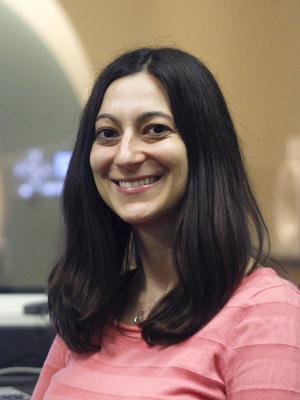 Dr. Julie Golomb