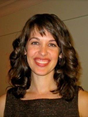 Danielle V.  Schoon